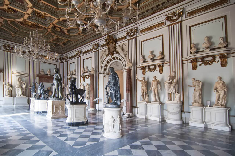 how to avoid paying for guided tours in rome